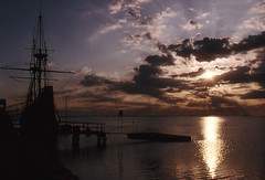 Mayflower Sunrise (Heaven`s Gate (John)) Tags: ocean sunset sky usa colour beautiful clouds america boat ship massachusetts newengland dramatic plymouth mayflower heavensgate pilgrimfathers plymouthrock johndalkin
