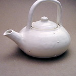 White sea urchin-inspired teapot thumbnail