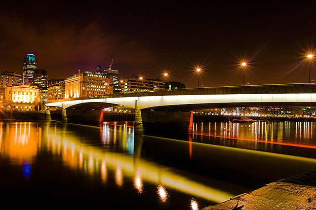 London Bridge at Night by kayodeok