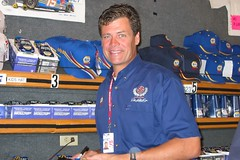 Michael Waltrip (R24KBerg Photos) Tags: sports smile speed track famous fast racing nascar napa driver dei racer michaelwaltrip nextelcup stockcars