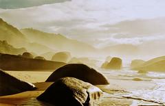 Paradise Lost (Al Santos) Tags: sea brazil sol praia beach rio brasil paraty sunrise de dawn mar do janeiro stones parati amanhecer pedras nascer challengeyouwinner abigfave betterthangood pfogold natureselegantshots thechallengefactory llovemypics thegalleryoffinephotography