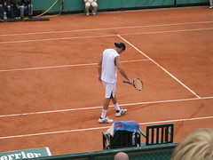 Robby Ginepri at the French Open (aloha_pineapple) Tags: paris france tennis rolandgarros grandslam frenchopen robbyginepri frenchopen2006