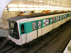 (9) Jasmin - Paris (France) (Meteorry) Tags: paris france underground subway europe nine mtro 9 jasmin ubahn metropolitain neuf ratp meteorry mf67