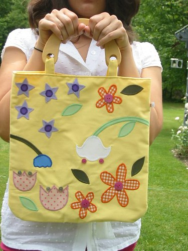 bag picture: Floral Tote homemade purse designs on homemade toys, homemade dolls, homemade makeup, homemade slippers, homemade pottery, homemade purse patterns, homemade cloth purses, homemade denim purses, homemade pants, homemade art, homemade purse ideas, homemade socks, homemade scarf, homemade leather purses, homemade gloves, homemade wallets, homemade quilted purses, homemade aprons,