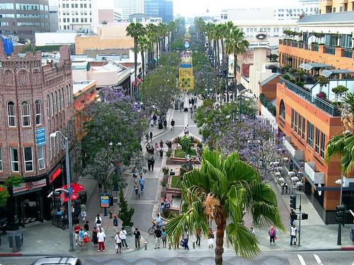 Santa Monica Promenade 176168958_b48157b53b
