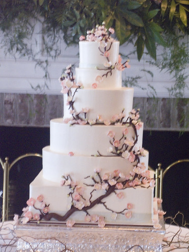 Your Best Wedding: Cherry Blossom 6-tier wedding cake!