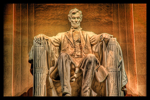 Lincoln Memorial. Photo by StuckInCustoms.