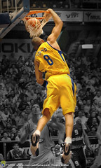 Anthony Parker  - DUNK (noamgalai) Tags: newyork basketball sport photography israel photo telaviv nikon d70 nikond70 tel aviv picture photograph anthony nba parker noam allrightsreserved dunk maccabi anthonyparker   photomania euroleague maccabitelaviv yellowheart     noamg yadeliahu  galai maccabifans noamgalai  maccabita pinigershon   theyellowheart yellowuniform wwwnoamgalaicom
