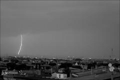 Lightning in the Sky of Rome #2 (FotoRita [Allstar maniac]) Tags: life sky bw italy white black rome roma digital canon cielo lightning myfavourites eos350d fulmine byfotorita lightningintheskyofrome fulminenelcielodiroma