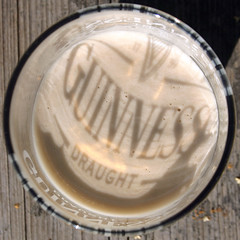 Guinness Shadow (Steffe) Tags: shadow topf25 beer glass guinness cheers squaredcircle squircle skl draught