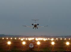 CGN Impression (Mr.Pixel) Tags: landung cgn landebahn