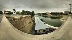 Pont-Neuf - 06-08-2006 - 7h34 (Panoramas) Tags: bridge panorama paris france topv111 seine point geotagged puente pod perspective ponte greece most grecia pont fv10 brug pniche brcke vanishing griechenland grce hdr pontneuf lampadaire ptassembler kpr etiennecazin  pointdefuite  smartblend abigfave geo:lat=48857272 geo:lon=2341349 tiennecazin