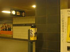 U-Bahnhof Lipschitzallee (Schockwellenreiter) Tags: architecture architektur photogabi neuklln rudow gropiusstadt