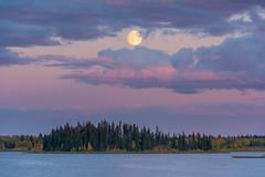 Moon over High Island (WherezJeff) Tags: ca sunset lake canada water nationalpark twilight alberta elkisland highisland fortsaskatchewan astotin