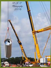 Lifting of a Colum (dark-dawud) Tags: england men site farm lincolnshire cranes slings windfarm colum lifting installing ainscough ainscoughcranes installingwindturbine gaytonlemarsh dlinks