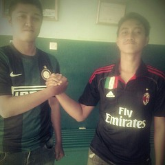 milan #inter #Indonesia #derby #madonina #pazza... (ajiwidyanto1989) Tags: milan indonesia derby inter intermilan madonina pazza interisti uploaded:by=flickstagram instagram:photo=402606957512649608195547329