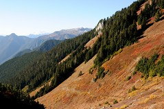 Fall colors (YuriZhuck) Tags: usa mountain nature rock landscape us washington hiking trail wa hiddenlake