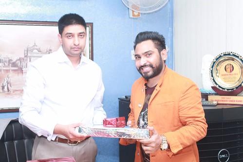 Bollywood playback singer Alamgir Khan with MD of LinguaSoft Edutech Pvt. Ltd. Chandigarh