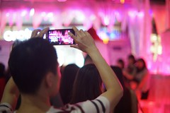 Touch and shoot (ah.b|ack) Tags: street camera singapore open bokeh sony wide orchard f16 55mm m42 fujinon handphone a7ii a7mk2