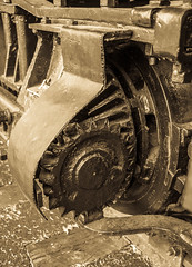 "Bevel Gear on ""Peggy,"" a Lima Shay Geared Steam Locomotive (SN 2172) (scattered1) Tags: 1909 2015 2172 center classb ehraim ephraimshay limalocomotiveworks limashay or oregon portland shay shopnumber2172 truck washington washingtonpark world worldforestrycenter antique balloon bevel bevelgear classic engine forestry gear geared gearedsteamlocomotive historic history locomotive oil old park powerful rail rugged steam timber train trees wheel wood"