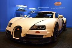 Bugatti Veyron Super Sport (Monde-Auto Passion Photos) Tags: auto automobile voiture vehicule bugatti veyron super sport blanc supercar sportive puissance record monstre france paris evenement retromobile