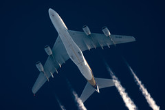Singapore Airlines Airbus A380-841 9V-SKR (Thames Air) Tags: singapore airlines airbus 9vskr a380841 contrails telescope dobsonian overhead vapour trail