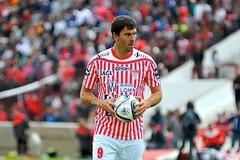 Entre ceja y ceja....gol.  El Gran Alejandro de Lomas (maxfoto1975) Tags: cala gol losandes noriega futbolista penal