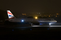 G-EUUS (scot_w_9) Tags: nightphotography scotland aviation luftfahrt egph edinburghairport luchtvaart luftfart geuus
