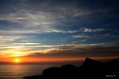 De falsia em falsia ( I I ) (antoninodias13) Tags: pordosol portugal gua faro mar cu nuvens algarve oceanoatlntico rumor maresia costavicentina tonalidades mars vastido mariavinagre