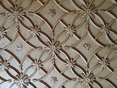 Ceiling pattern in one of the main dining rooms at Spindletop Hall, Lexington, KY (karen3292) Tags: pattern spindletophall spindletop lexingtonky