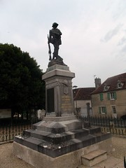 86-Béthines* (jefrpy) Tags: vienne poitou monumentauxmorts guerrede1418 warmemorial ww1 france