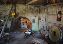 Kiln at Amberly (S's images) Tags: amberly chalk pits west sussex kiln workshop