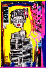 La Reine du Shopping (Kay Harpa) Tags: streetart paris france paintings artdelarue mursdeparis photokay reinedushopping