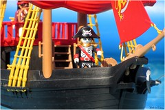 pirate ship (VintageReflection) Tags: from autumn guy scale water pool canon skeleton toy toys boot boat wasser ship im tales box outdoor zombie pirates board ghost herbst bad an adventure plastic deck pirate captain figure corsair session jolly roger geist schiff arrr spielzeug figur playmobil buccaneers pirata pirat buccaneer pirateship cursed swashbuckler skelett 2015 seeruber korsar piratenschiff 4424 lostillusion75 retrotwin klicky geisterpirat skelettpirat