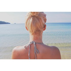 (anjanjas) Tags: sea summer sun beach girl sunshine tattoo hair square landscape seaside sand pretty waves body greece squareformat blonde lionking girlswithtattoos suntattoo iphoneography goldentattoo instagramapp uploaded:by=instagram