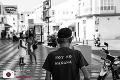 HOY NO MANANA (Sebastian..S) Tags: street bw canon eos sw mann spanien 6d strase