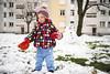 Olivia de las Nieves (GMH) Tags: winter snow cold hiver nieve niña jugar invierno neige toulouse frío froid jugando rangueil ltytr2 ltytr1