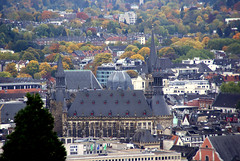 Aachen, Kaiserdom vom Belvedere des Lousbergs gesehen - Imperial Cathedral seen from the Lousberg's Belvedere (HEN-Magonza) Tags: germany deutschland aachen belvedere nordrheinwestfalen lousberg kaiserdom northrhinewestphalia imperialcathedral