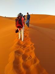Dunas do deserto (claudiaimaizumi) Tags: deserto saara marrakesh marrocos viagem dunas intercambio