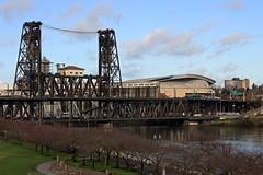 Steel Bridge and Moda Center (JB by the Sea) Tags: portland oregon multnomahcounty december2016 willametteriver steelbridge modacenter