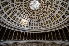 Light in the Dome (*Capture the Moment*) Tags: 2015 altmühltal architecture architektur befreiungshalle dome hallofliberation häuserwohnungen innenarchitektur interior interiordesign kelheim kuppel sonya7mii sonya7ii sonyfe1635mmf4zaoss sonyilce7m2