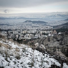 Snow white Athens (runnismo) Tags: 2017 athens atenas greece greek capital kareas ymittos view lycabettus snow nieve xionia athina prosperity change white blanco power nevada buildings vista kreikka gresk grekland hellas holidays vacation vacaciones reisen