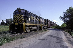 Summer in Northern Michigan 2 (ac1756) Tags: dm detroitmackinac alco c425 181 cheboygan michigan