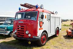 1952_Commer_Karrier_Gamecock_fire_engine (stephenread365) Tags: fire engine firefighting appliance commer karrier gamecock 1952 frontnearside