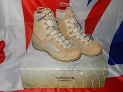 British army issue Lowa desert combat patrol boots (militaria collector) Tags: lowadesertcombatboots lowadesertboots desertboots desertcombatboots lowaelites britisharmyissue britisharmyissuelowadesertboots britisharmyissueboots combatboots patrolboots