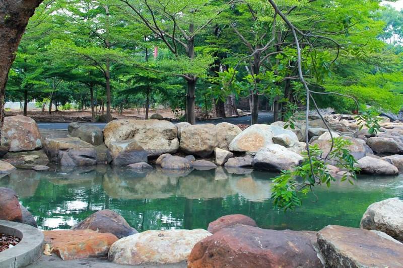 Khu du lịch suối nhân tạo Thủy Châu