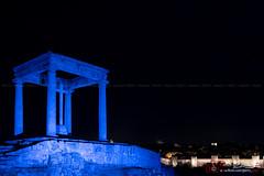 Azul azul (PeRRo_RoJo) Tags: espaa rock stone wall night landscape lights luces noche monumento sony paisaje es alpha muralla slt piedra vila castillaylen a77ii ilca77m2 sonya77ii 77ii
