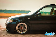 "MK4 & Polo 6N2 • <a style=""font-size:0.8em;"" href=""http://www.flickr.com/photos/54523206@N03/23224288282/"" target=""_blank"">View on Flickr</a>"
