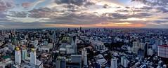 BKK from the top... (Jhaví) Tags: sunset atardecer ciudad city panorámica asia thailand bangkok