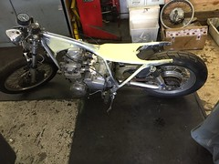 IMG_0193 (digyourownhole) Tags: vintage honda motorcycle restoration caferacer cb550 bratt buildnotbought